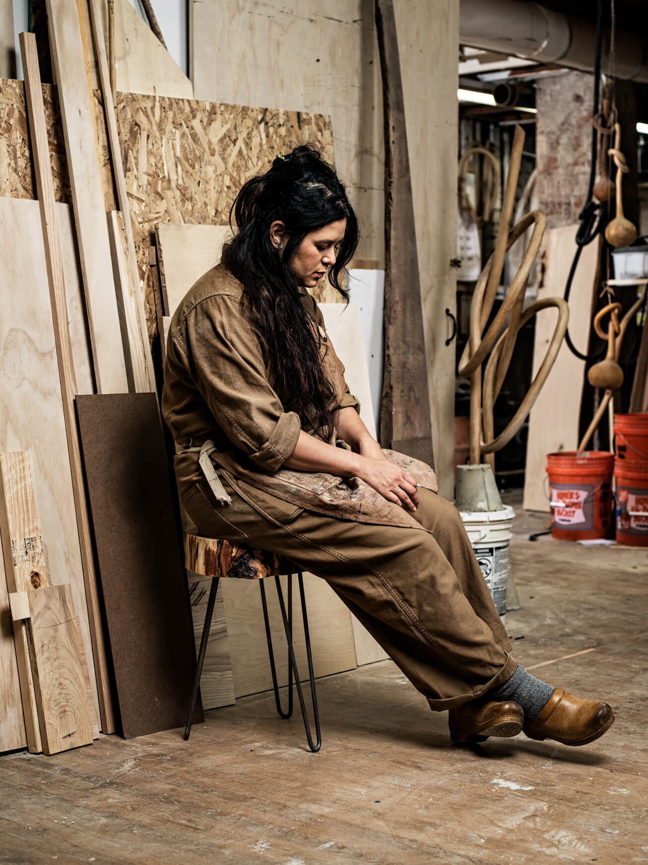 Portrait of sculptor Katie Gong in her artist studio